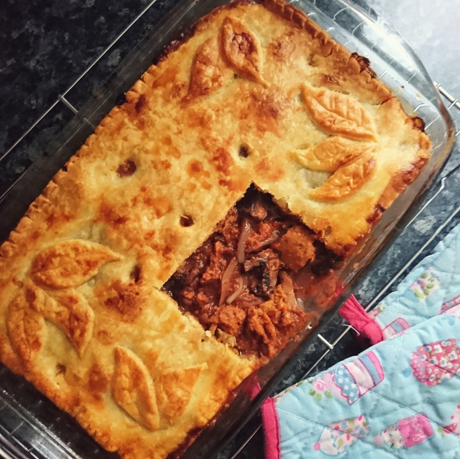 """Steak"" Onion & Mushroom Pie"