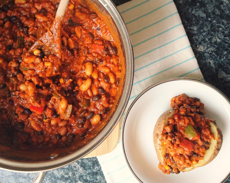 Classic Vegan Chilli – Batch Cooking
