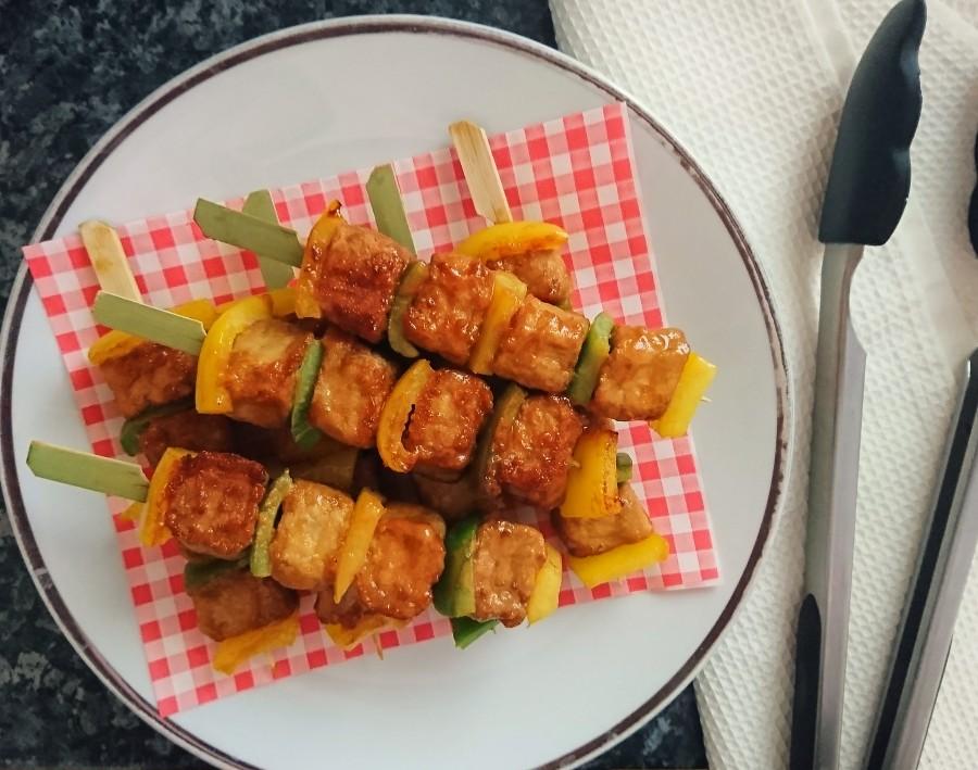 """Maple & Mustard Glazed """"Chicken"""" Kebabs"""