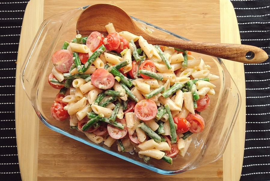 Garlicky Green Bean Pasta Salad