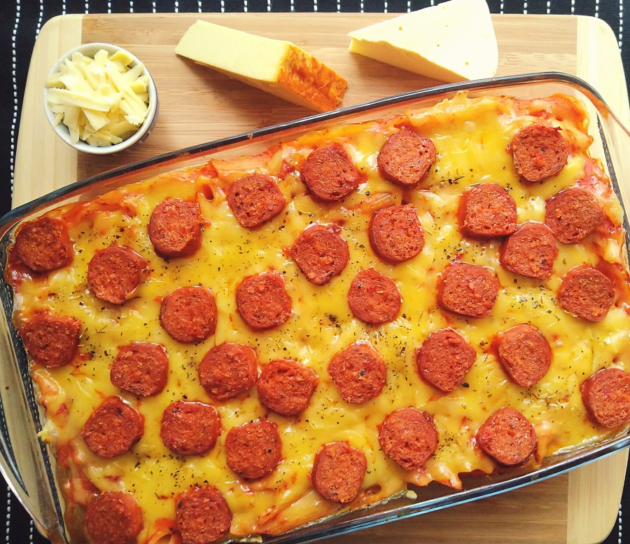 Pepperoni Pizza PastaBake