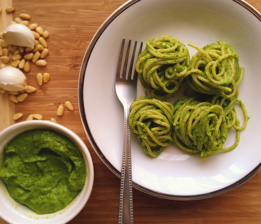 Easy Rocket Pesto